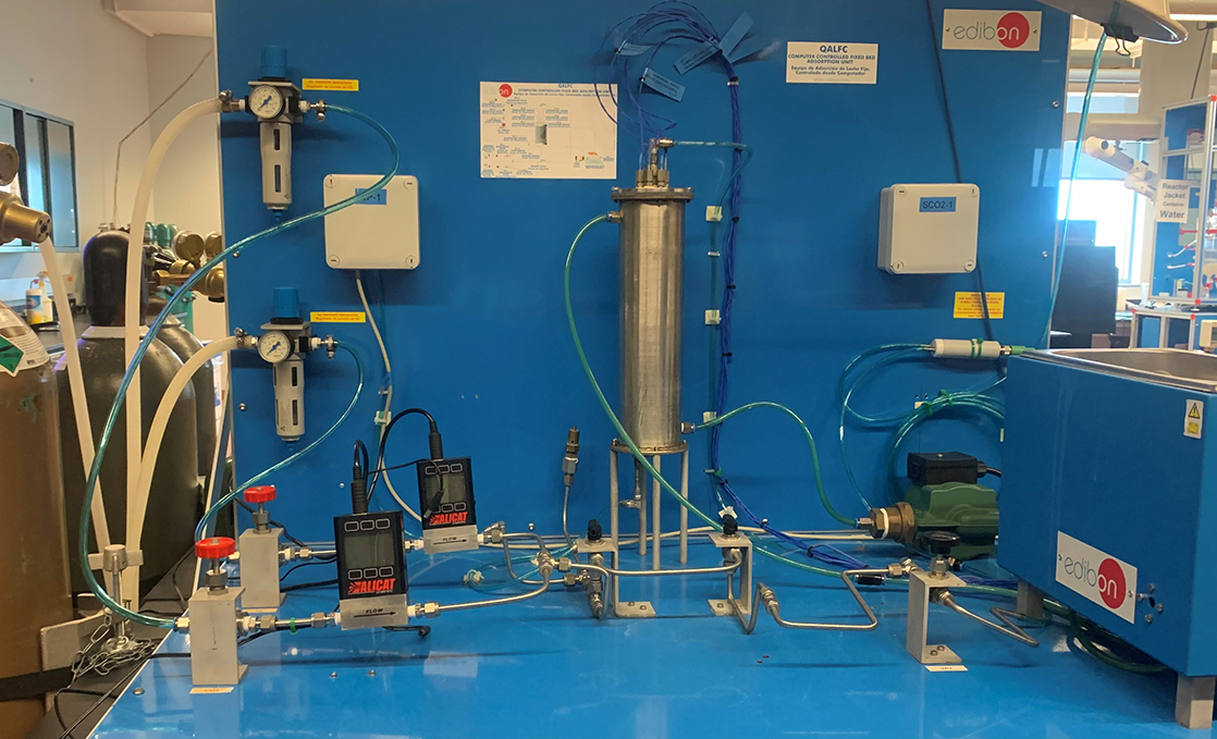 Chemical engineering processes lab liquid extraction module.