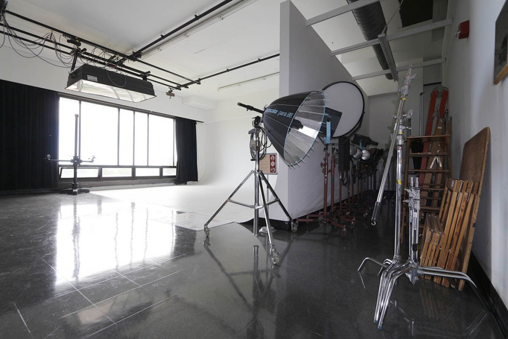 Studio room with large lights.