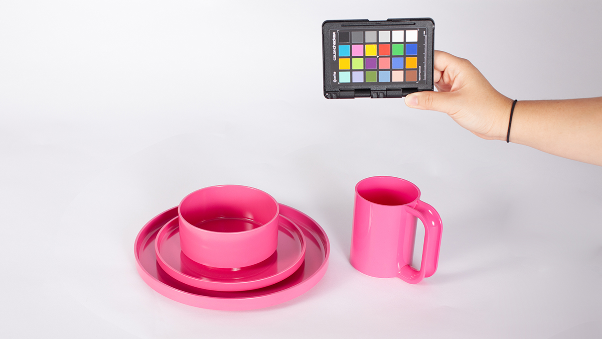 A Vignelli-designed, pink dish set Brookstone shopping bags for the Vignelli digital image archive.