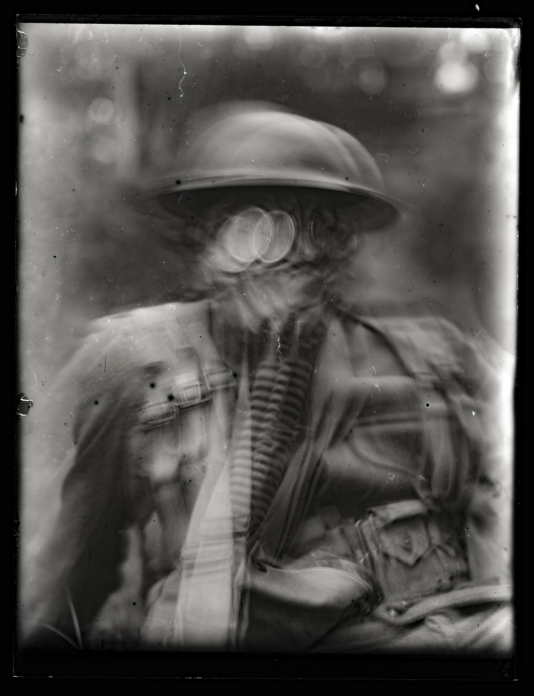 An intentionally blurry photo of a soldier.