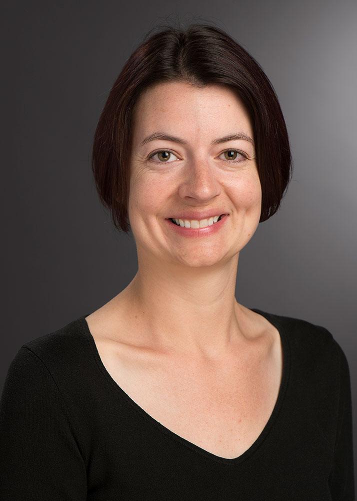 portrait of Melissa Dawson.