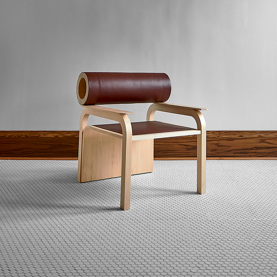 A chair, with cylinder shapes and a large seating area, designed by Gao Yahui.