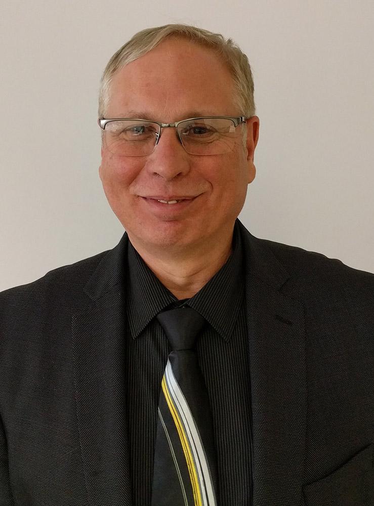 portrait of Rick Kettell.
