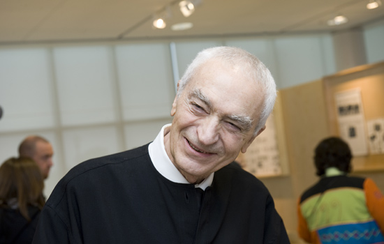 Massimo Vignelli in RIT's Vignelli Center for Design Studies during the official launch of the facility in 2010.