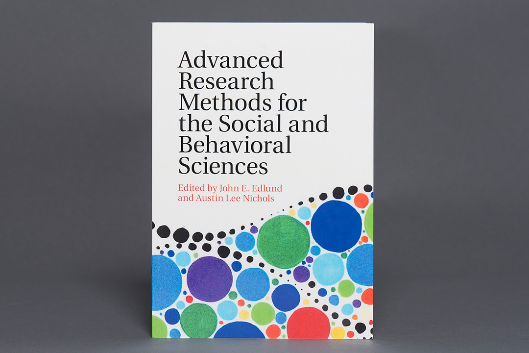 Book cover titled: Advanced Research Methods for the Social and Behavioral Sciences