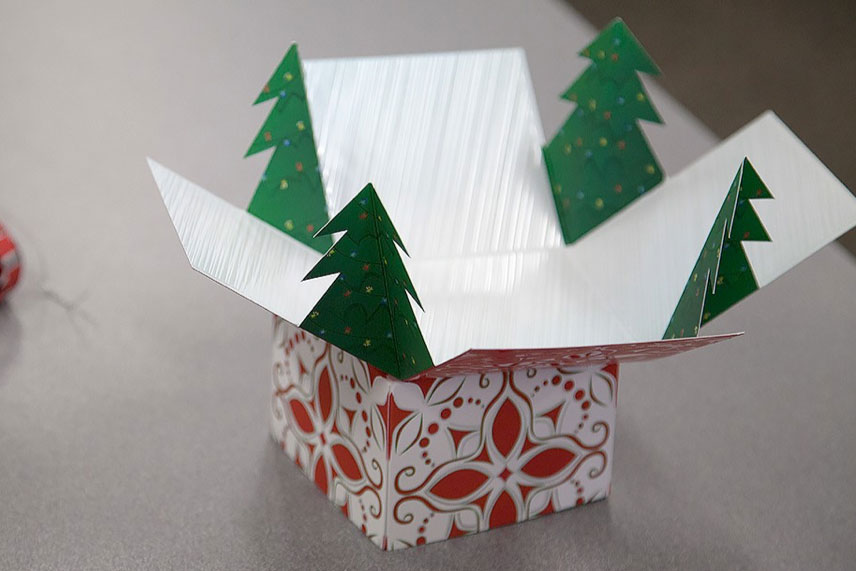 'Foldable holiday gift box.'