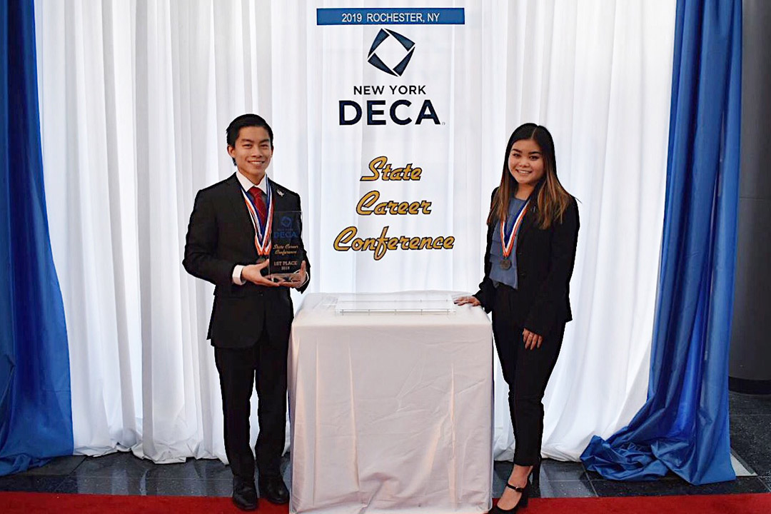 RIT's Saunders College of Business welcomes hundreds of high school students for DECA regional business competition Dec. 19