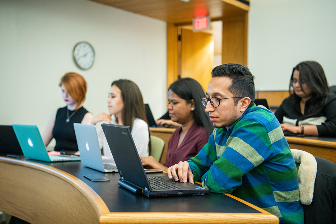 Students applying to Saunders College of Business for fall 2020.