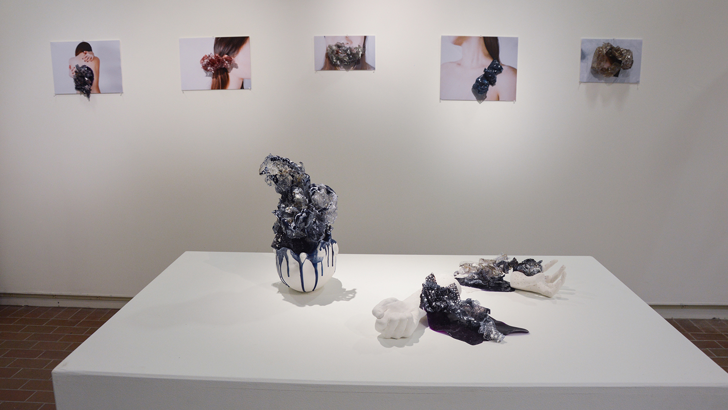 A gallery view of small sculptures and photos of various designs.